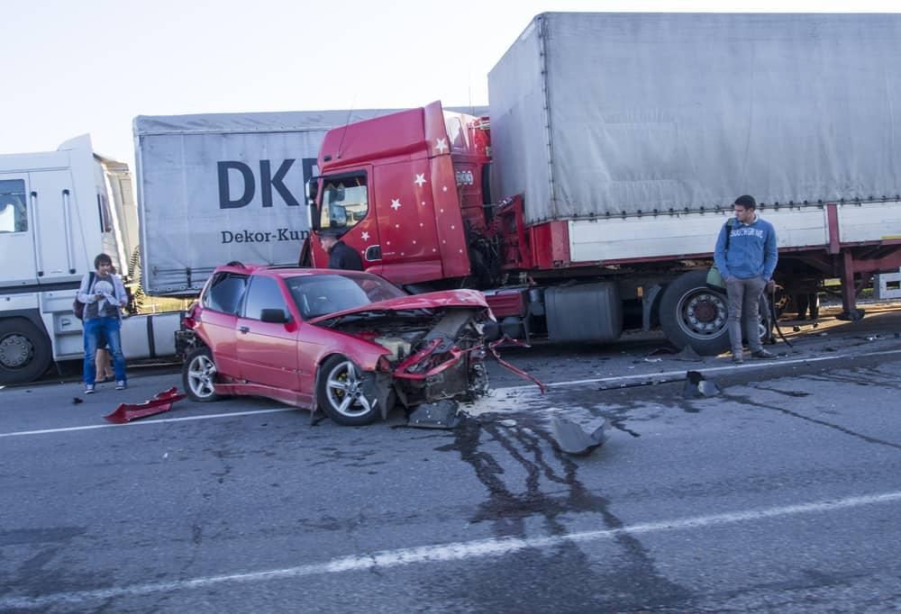 תאונה משאית